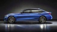 รวมถึงในหลาย ๆ รุ่น ไม่เว้นแต่ใน BMW 1 Series Sedan ก็ยังมีฐานล้อยาวให้เลือก  - 9