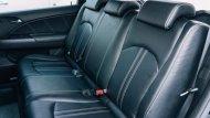 เบาะนั่งฝั่งคนขับไม่สามารถที่จะปรับระดับความสูงได้ ส่วนเบาะนั่งด้านหลังก็ถูกดีไซน์มาให้ไม่สามารถปรับพับเพื่อเพิ่มพื้นที่ใช้สอยได้แต่ก็มีการติดตั้งห้องเก็บสัมภาระด้านหลังมาแทนที่ซึ่งสามารถจัดเก็บสัมภาระที่จำเป็นได้ไม่น้อยเลยทีเดียว - 4