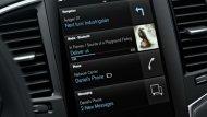 Volvo XC90 T8 Inscription มอบความบันเทิงผ่านระบบอินโฟเทนเมนต์บนหน้าจอระบบสัมผัสขนาด 9 นิ้ว ติดตั้งฟังก์ชั่น Sensus Connect และ สั่งการด้วยเสียง ระบบนำทาง Sensus Navigation รองรับกับการเชื่อมต่อสมาร์ทโฟนทั้ง Apple CarPlay และ Android Auto  - 6