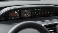 Toyota Prius Hybrid ได้รับการติดตั้งฟังก์ชั่นสุดล้ำระบบนำทางผ่านดาวเทียมแบบระบุรายละเอียดในแต่ละช่วงการเดินทางเพิ่มเข้ามาในหน้าจอแสดงผลแบบ HUD แล้วยังมอบความบันเทิงผ่านระบบมัลติมีเดียแบบ Toyota Touch2   - 7