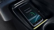 Toyota Prius Hybrid เพิ่มความสะดวกสบายให้แก่ผู้ขับขี่ในตลอดทริปการเดินทางผ่านระบบชาร์จโทรศัพท์แบบไร้สาย Wireless Charging - 9