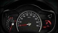 Suzuki Celerio ได้รับการติดตั้งหน้าจอแสดงผลข้อมูลการขับขี่พร้อมมาตรวัดอัตราการสิ้นเปลืองน้ำมัน นาฬิกาดิจิตอล และ มาตรวัดระยะการเดินทาง ไฟสัญญาณเตือนการลืมคาดเข็มขัดนิรภัย เสียงสัญญาณเตือนเปิดไฟหน้าค้างรวมถึงการลืมกุญแจ - 7