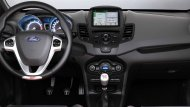 Ford Fiesta 2019 ได้รับการออกแบบและตกแต่งสไตล์สปอร์ตและยังมาพร้อมกับอุปกรณ์และฟังก์ชั่นใช้งานที่ทันสมัย - 9