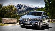 BMW X1 2019 ครอสโอเวอร์รุ่นใหญ่ได้รับการปรับโฉมไมเนอร์เชนจ์ให้มีความโฉบเฉี่ยวมากยิ่งขึ้นทั้งภายนอกและภายใน เสริมด้วยทางเลือกรุ่นย่อยที่มีการปรับแต่งให้แตกต่างกันจำนวนถึง 4 รุ่นย่อยให้ผู้ขับขี่ได้เลือกใช้งาน - 5