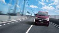 SUZUKI APV มาพร้อมกับกันชนหน้าที่มีความหนาและบังโคลนหน้าบานใหญ่เป็นพิเศษ เพื่อช่วยเพิ่มสมรรถนะในการยึดเกาะถนนได้ดีขึ้น - 4