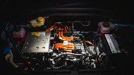 MG ZS EV ขับเคลื่อนด้วยมอเตอร์ไฟฟ้า Permanent Magnet Sychronous Motor กำลังสูงสุด 150 แรงม้า (PS) แรงบิดสูงสุด 350 นิวตันเมตร ส่งกำลังผ่านเกียร์แบบ Single Speed ติดตั้งแบตเตอรี่ Lithium-ion จำนวน 3 แผง บริเวณพื้นตัวถังรถ ความจุ 44.5 kWh - 10