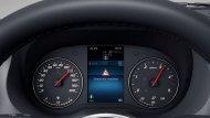 ระบบช่วยควบคุมการทรงตัวเมื่อถูกแรงลมปะทะด้านข้ าง (Crosswind Assist) เพื่อช่วยให้ผู้ขับขี่สามารถรักษาตำแหน่งตัวรถให้อยู่ในเส้นทางที่ถูกต้อง - 11