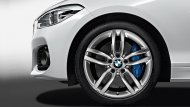 เสริมความเป็นสไตล์สปอร์ตให้กับ BMW 1 ด้วยล้ออัลลอยด์น้ำหนักเบาขนาด 19 นิ้ว แบบ Double-spoke 361 แบบ bi-colour สีดำและวงแหวนสีแดงเสริมให้ดูทะมัดทะแมงยิ่งขึ้น - 2