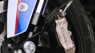 ประทับใจสิงห์นักบิดทั้งรุ่นใหญ่และรุ่นเล็กด้วยคาลิปเปอร์เบรกสีทอง ที่มีระบบเบรก ABS เพื่อเพิ่มความปลอดภัยในทุกสนาม - 7