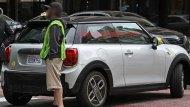 มีความเป็นไปได้ที่ MINI Cooper S E 2020 จะมีวางจำหน่าย ในบ้านเราเช่นเดียวกับแบรนด์พรีเมียมอื่น ๆ ตอนนี้ ซึ่ง Audi มี e-Tron และ Jaguar มี i-Pace วางจำหน่ายแล้ว  - 8