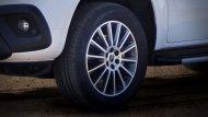 อุปกรณ์และของตกแต่งจาก Package ของ Mercedes-Benz X-Class ที่เดิมมีให้เลือกอยู่แล้ว เช่น Style Pack และ Comfort Pack  - 3