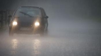 5 เทคนิคดูแลรถยนต์ในหน้าฝนที่ต้องรู้ !