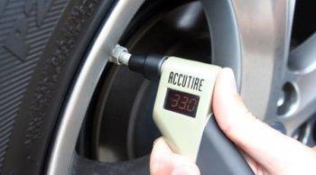 เทคนิคการตรวจเช็ค และเติมลมยาง ให้รถของคุณวิ่งสบายไร้ปัญหา