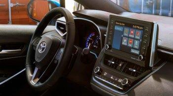 Toyota อาจมุ่งพัฒนารถให้เอื้อ Android Auto เป็นหลักในอนาคต
