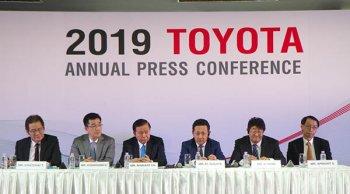 TOYOTA จัดแถลงยอดจำหน่ายรถยนต์ปีสุดพร้อมตั้งเป้าตลาดรวมในประเทศปี 62 ที่ 1 ล้านคัน