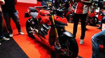 Ducati Streetfighter V4 หนึ่งในรถเนคเคดไบค์สุดร้อนแรงประจำปี 2019