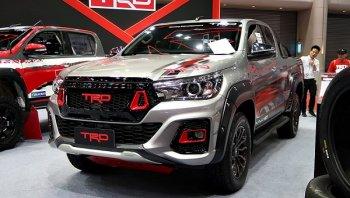 สวยพี่สวย กับ วิธีการแต่งรถ Toyota Hilux Revo 2018 กับชุดแต่ง TRD รอบคัน