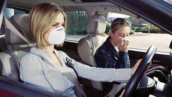 เคล็ดลับขจัดกลิ่นอับภายในรถ