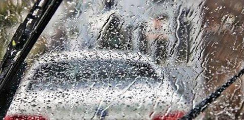 เคล็ด (ไม่) ลับ ขับขี่ปลอดภัยขณะฝนตก