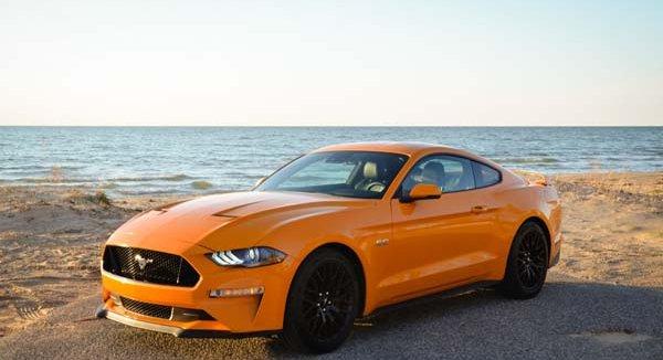 รีวิว Ford Mustang 2018 รถสปอร์ตหรูสุดโดนใจ เพิ่มความแรงด้วยขุมพลัง V8