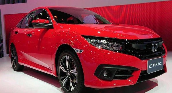 เปรียบเทียบ Honda Civic 2018 กับ Ford Focus 2018 ใครจะคุ้มค่าน่าจับจองมากกว่ากัน