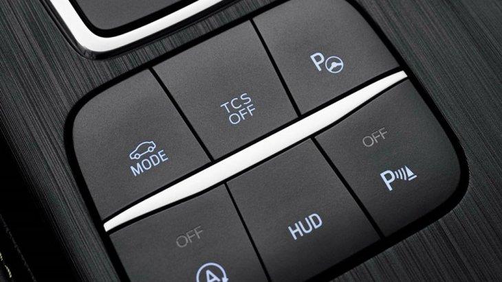 สำหรับผู้สนใจ Ford Focus 2018 ไม่มีแผนการนำรถยนต์รุ่นนี้มาจำหน่ายภายในประเทศ และ ยังคงต้องรอลุ้นให้ฟอร์ด ประเทศไทยนำเข้าสู่สายพานการผลิตต่อไป