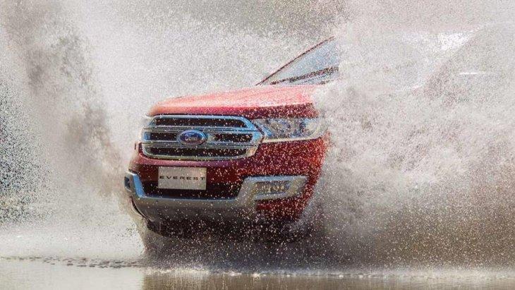 ระบบขับเคลื่อน 4 ล้ออัจฉริยะ หมวดการขับขี่บนสภาพถนนที่เป็นน้ำและสามารถลุยน้ำได้ลึกถึง 800 มิลลิเมตร
