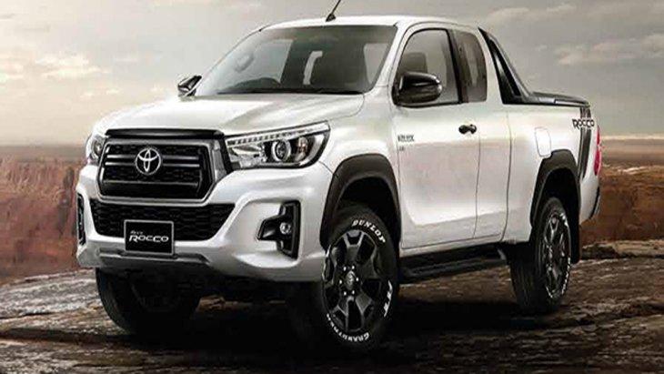 Toyota Hilux Revo Rocco เพิ่มทางเลือกรุ่นย่อยทั้งในแบบ Smart Cab 2 ประตู และ Double Cab 4 ประตู เสริมด้วยระบบขับเคลื่อนที่มีให้เลือกสรรแบบ 2WD และ 4WD ในรุ่นย่อยทั้ง 2 รูปแบบ
