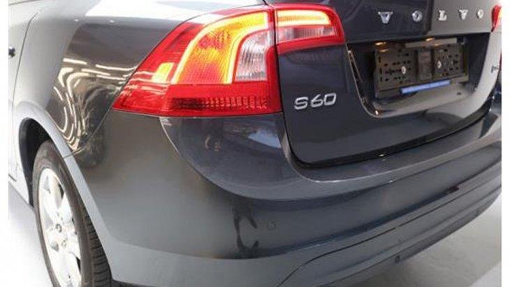 Volvo S60 D3 ตกแต่งไฟท้ายดีไซน์ใหม่ให้ความโฉบเฉี่ยวมากยิ่งขึ้น