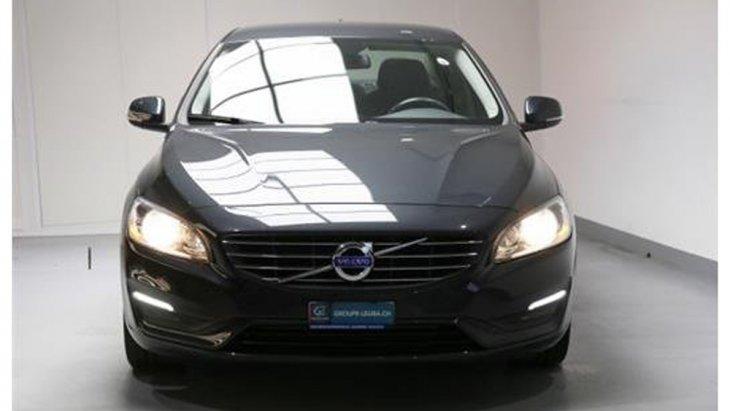 Volvo S60 D3 ติดตั้งระบบเปิด-ปิด ไฟหน้าแบบอัตโนมัติเมื่อขับขี่เข้า-ออกจากที่มืดแบบ Tunnel Detection