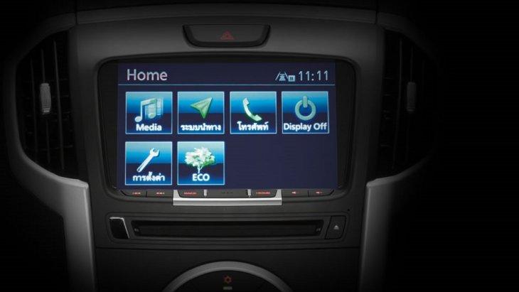 รับความบันเทิง ISUZU iConnect ที่มาพร้อมกับ Built-in Navigator ที่แสดงผลบนจอระบบสัมผัสขนาด 8 นิ้ว