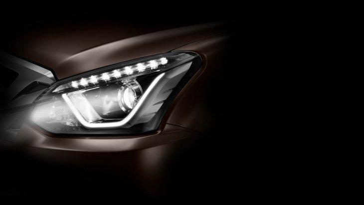 ไฟหน้าดีไซน์ใหม่แบบ Bi-LED  เพิ่มความสว่างให้มากขึ้น พร้อมกับระบบปรับไฟหน้าสูง-ต่ำ อัตโนมัติ