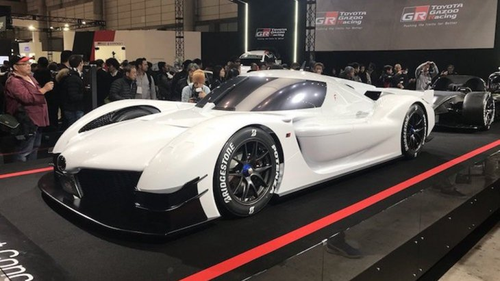 Toyota GR Super Sport Concept ที่เคยโชว์ตัวในงาน Tokyo Auto Salon 2018 ก็จะเป็นแรงบันดาลใจให้กับไฮเปอร์คาร์ของ Toyota ซึ่งน่าจะแรงแตะระดับ 1,000 แรงม้า