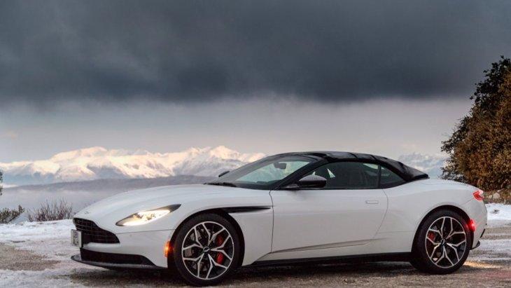 Aston Martin DB11 Volante เป็นรถสปอร์ตเปิดประทุน สมรรถนะสูง อีกหนึ่งคันที่น่าจับตามองในขณะนี้
