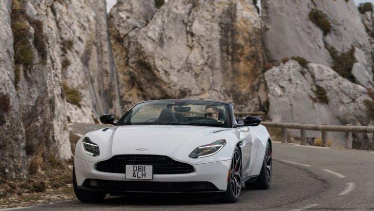 เผยโฉม Aston Martin DB11 Volante สปอร์ตเปิดประทุน ที่พร้อมเปิดตัวในปี 2019
