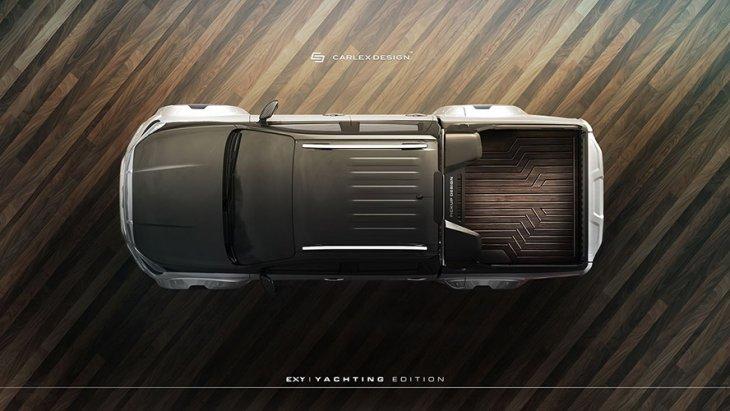 ทั้งในส่วนของกันชนหน้า ฝากระโปรง สปอยเลอร์หลังคา กรอบไฟท้ายและซุ้มล้อขนาดใหญ่กว่าเดิม ตัวรถคาดสติ๊กเกอร์ดำพร้อมสัญลักษณ์ Yachting Edition
