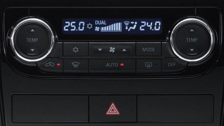 Dual -Zone Automatic Air Conditioning ระบบปรับอากาศอัตโนมัติ แบบแยกปรับอุณหภูมิ ซ้าย - ขวา