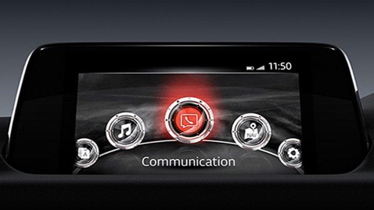 ระบบอินโฟเทนเมนต์บนหน้าจอระบบสัมผัสขนาด 7 นิ้ว ติดตั้งระบบ MZD Connect เชื่อมต่อข้อมูลไร้สาย หรือ เรียกดูข้อมูลผ่านระบบสั่งงานด้วยเสียง Voice Command