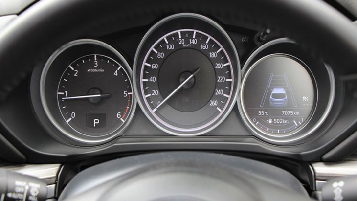 Mazda CX-5 Skyactiv  ติดตั้งหน้าจอแสดงผลข้อมูลการขับขี่แบบสี MID