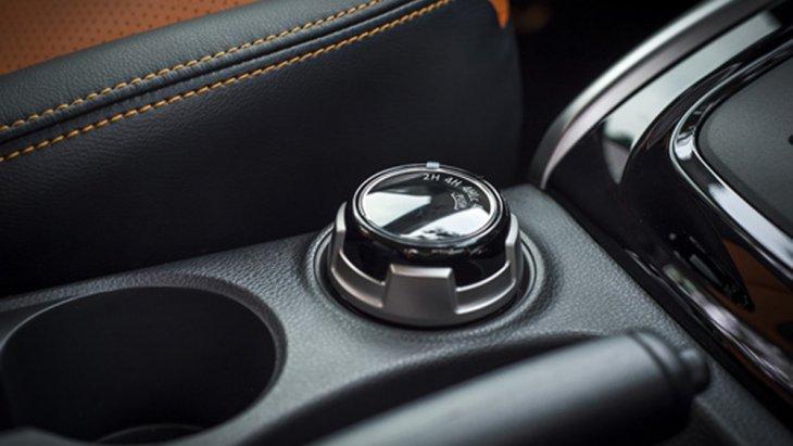 Mitsubishi Triton Athlete เพิ่มระบบ Super Select 4WD II ที่ช่วยให้ผู้ขับขี่สามารถปรับโหมดการขับเคลื่อนให้เข้ากับสภาพถนนได้อย่างง่ายดาย