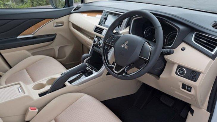 Mitsubishi Xpander 2018 ยังได้รับการติดตั้งระบบบังคับเลี้ยวแบบใหม่พวงมาลัยปรับระดับได้ 4 ทิศทาง ขึ้น-ลง เข้า-ออก