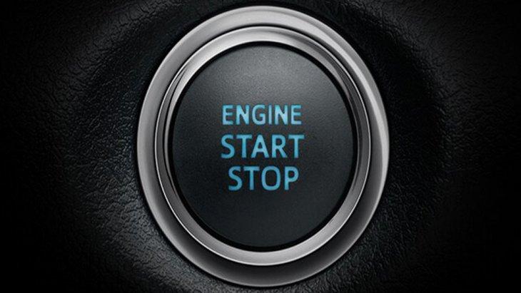 เพิ่มความสะดวกให้ผู้ขับขี่มากยิ่งขึ้นด้วยระบบเปิดประตูอัจฉริยะ Smart Entry และ ปุ่มสตาร์ทเครื่องยนต์อัจฉริยะ Push Start รวมถึงกุญแจแบบรีโมท