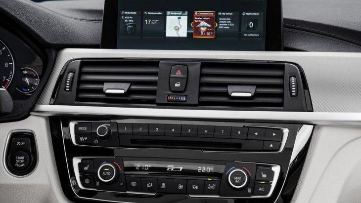 ระบบต่างๆที่มาพร้อมกันกับ BMW 4 Series Coupe 2018 รวมถึงหน้าจอความบันเทิงขนาด 8.8 นิ้ว