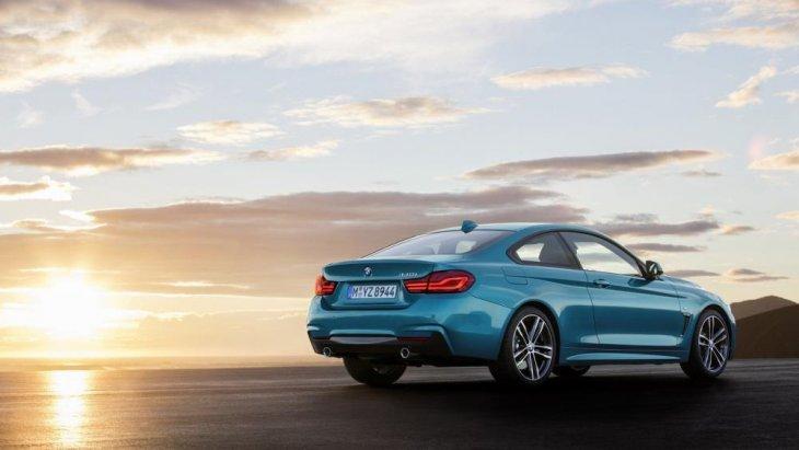 """BMW 4 Series Coupe 2018 มีเรตติ้งเครื่องยนต์รุ่นเดียวเท่านั้น คือ """"430i"""" ใช้เครื่องยนต์เบนซิน ทวินพาวเวอร์เทอร์โบ 4 สูบ ให้ความแรงสะใจถึง 252 แรงม้า"""