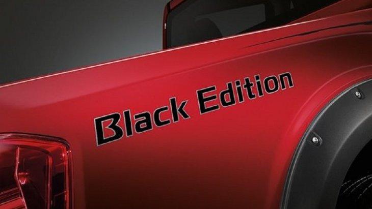 บ่งบอกความเป็น NISSAN NAVARA BLACK EDITION ด้วยสติกเกอร์ BLACK EDITION