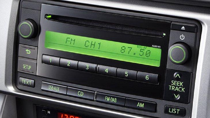 SUBARU BRZ 2018  มาพร้อมกับระบบเครื่องเสียงแบบลำโพง 6 ตัว รองรับอุปกรณ์ได้หลากหลายทั้งแผ่น CD, USB และเครื่องเล่นเพลง