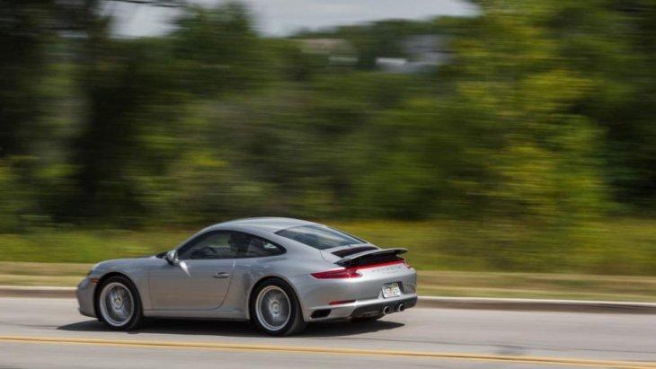 สามารถเร่ง 0-100 ก.ม./ช.ม. ใน  4.5 วินาที ทั้งยังสามารถทำความเร็วสูงสุดได้มากถึง 285 กิโลเมตร/ชั่วโมง