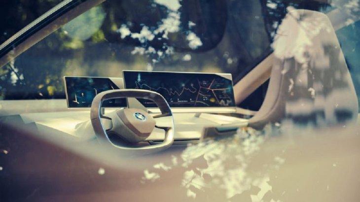 iNEXT ถูกวางตำแหน่งให้เป็นรถยนต์ครอสโอเวอร์แห่งโลกอนาคต