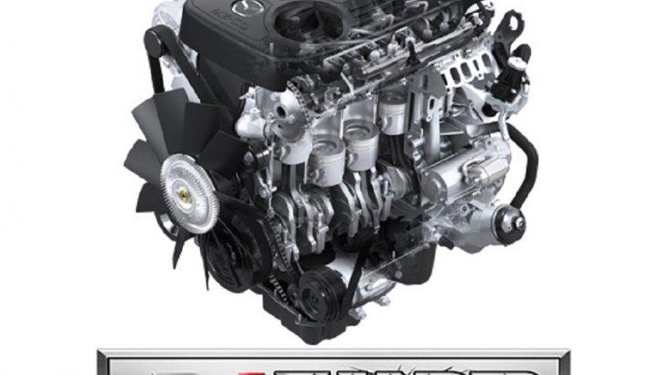 Mazda BT-50 PRO THUNDER  มาพร้อมกับเครื่องยนต์ดีไอ-ธันเดอร์ โปร 2.2 ลิตร สามารถเรียกกำลังได้ทั้งในรอบต่ำและรอบสูง