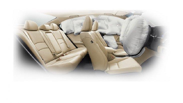 ระบบถุงลมนิรภัย 6 ตำแหน่ง ถุงลมคู่หน้าอัจฉริยะ Dual i-SRS ถุงลมด้านข้างคู่หน้าอัจฉริยะ i-Side Airbags และม่านถุงลมด้านข้าง Side Curtain Airbags เพื่อลดอาการบาดเจ็บของผู้ขับขี่และผู้โดยสารเมื่อเกิดอุบัติเหตุ